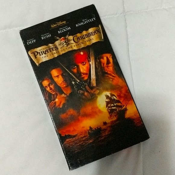 3/20 VHS Pirates of the Caribbean